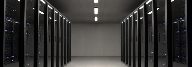 prosklené skříně
