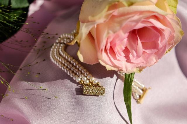 náramok a ruža.jpg